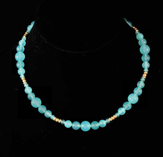 Gold 9K Chalcedony - Aphrodite Necklace